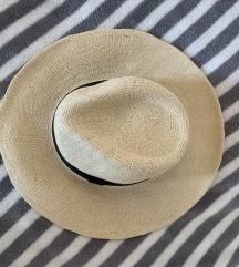 ASOS slamnati šešir