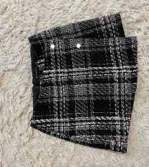 Suknja/ hlačice debljeg materijala