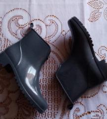 Kratke gumene čizme