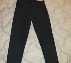 Tamnosive hlače tajice