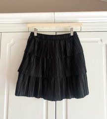 Zara plasirana mini suknja