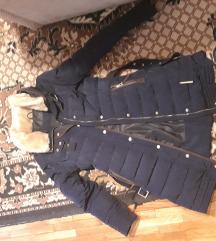 100kn %% Zara tamnoplava jakna 🥰