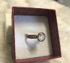 Prsten pozlata sa svarovskim