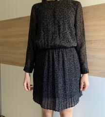 Crna haljina s uzorkom