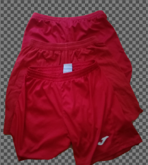 Lot crvenih dresova