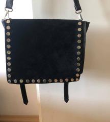 Kožna torba - Crna s zakovicama