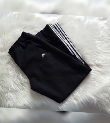 Original Adidas trenirka, kao nova
