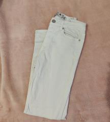 Bijele hlače, uklj.PT