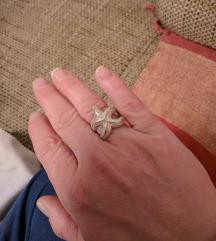 Prelijepi srebreni prsten
