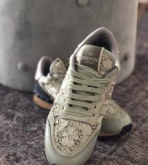 Valentino rockstud  sneaker  Original