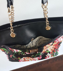 Nova cvjetna torba