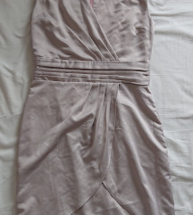 Nikad nosen svilenkasta haljina placena 340kn M