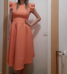 Haljina boja breskve