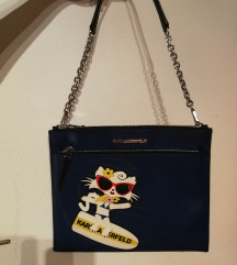 Choupette On The Beach Shoulder Bag