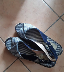 sandale špagerice br. 39