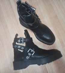 Zara cut out boots