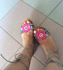 INUOVO sandale NOVOOOOO💗