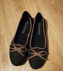 Nove cipele od prave kože..37