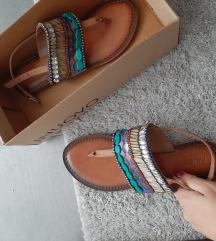 Inuovo sandale nove
