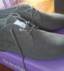 Ženske cipele veliki broj 44