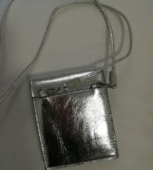 Srebrena torbica/novčanik