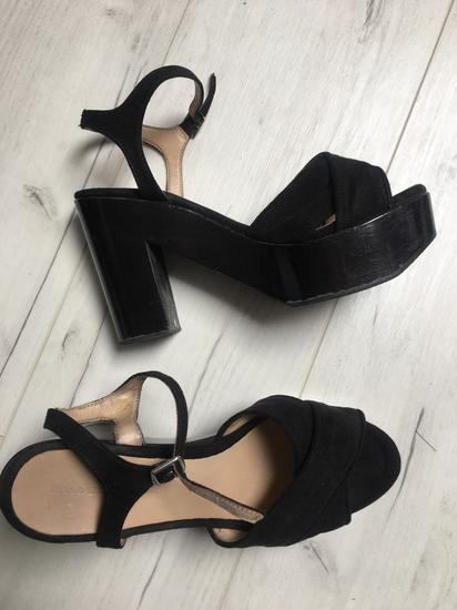 Zara drvene sandale