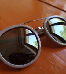 Puderasto roza sunčane naočale