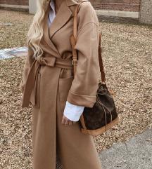Zara kaput s pojasom| Nov s etiketom