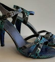 Plave sandale sa zmijskim uzorkom