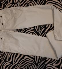 Original bijele Guess hlače 27-28