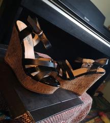Nove sandale, 37