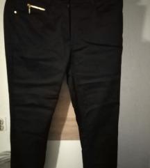 Crne capri hlače