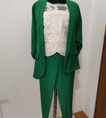 Zeleno odijelo s