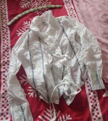 Bijela bluzica na vezanje