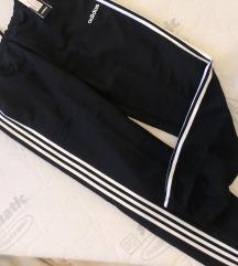 NOVE muške Adidas hlače