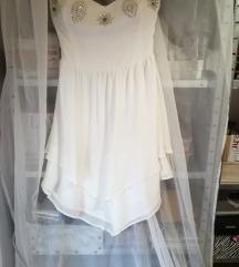 Predivna svečana haljina