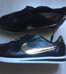 Nike cortez 38 NOVO!