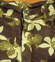H&M hlače za snijeg