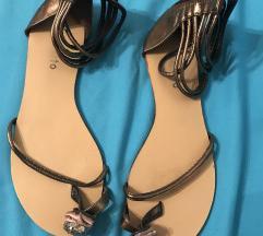 Ljetne ravne sandale 38