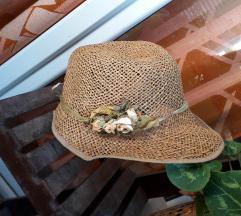 Slamnati šešir sa cvijećem 54cm