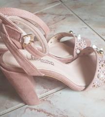 Nude sandale 36
