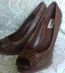 Smeđe Stradivarius sandale