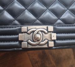 Chanel le boy torba sa svim oznakama 300kn AKCIJA