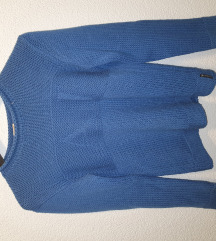 Armani pulover