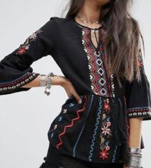 River island embroidered blouse, nova sa etiketom
