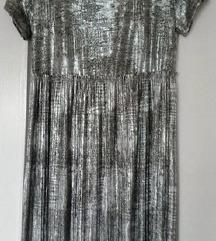 Srebrna plisirana haljina