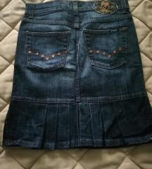Zanimljiva traper suknja
