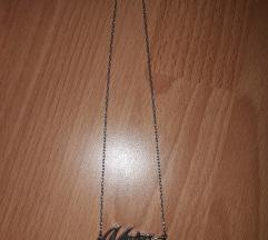 Nova ogrlica, ime Matea