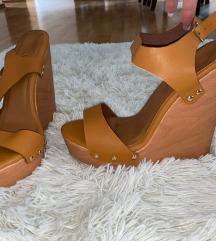 Sandale sa platformom od pluta