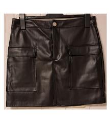 Crna kožnja suknja